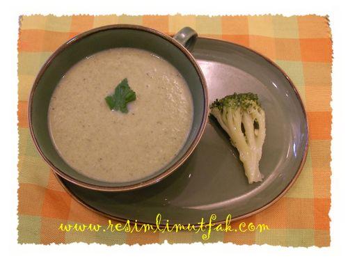 Brokolicorbası