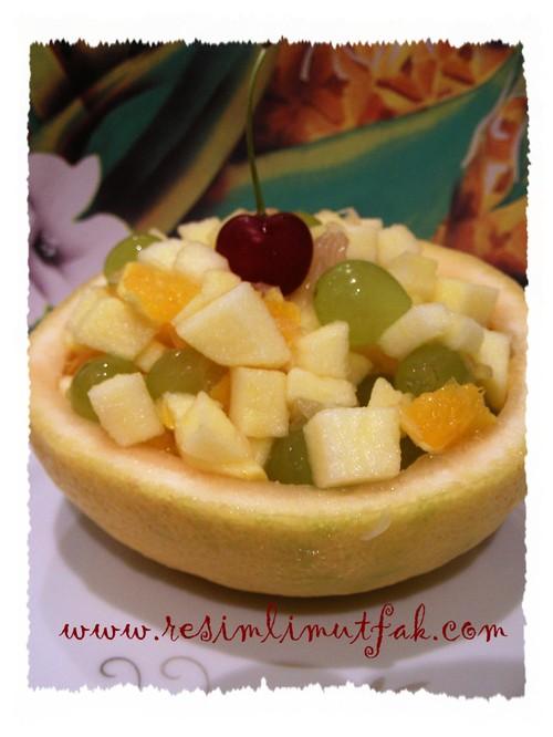 Meyvesalatas
